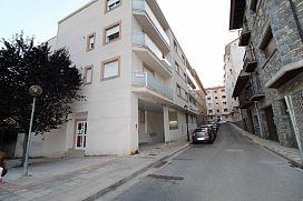 Piso en venta en Sabiñánigo, Huesca, Calle Marques de Urquijo, 51.000 €, 92 m2