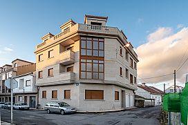 Piso en venta en Cambados, Pontevedra, Calle Do Río, 85.300 €, 70 m2
