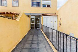 Piso en venta en Valle de San Lorenzo, Arona, Santa Cruz de Tenerife, Calle Llano de la Mora., 138.000 €, 159 m2