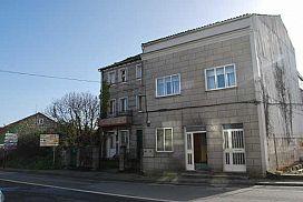 Piso en venta en Vilagarcía de Arousa, Pontevedra, Avenida Cambados, 54.000 €, 2 habitaciones, 1 baño, 100 m2