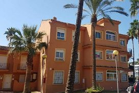 Piso en venta en Bahía Dorada, Málaga, Málaga, Urbanización Bermuda Beach, 303.000 €, 3 habitaciones, 2 baños, 137 m2