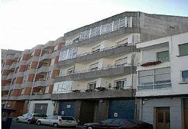 Piso en venta en Vilagarcía de Arousa, Pontevedra, Avenida Lopez Ballesteros, 43.000 €, 3 habitaciones, 1 baño, 100 m2