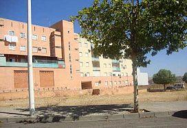 Piso en venta en Distrito 6, Mérida, Badajoz, Avenida de El Prado, 67.000 €, 4 habitaciones, 2 baños, 135,63 m2