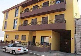 Piso en venta en El Salto, Granadilla de Abona, Santa Cruz de Tenerife, Calle Jose Ventura, 92.000 €, 2 habitaciones, 2 baños, 70 m2