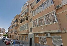 Piso en venta en Regiones Devastadas, Almería, Almería, Calle Nuestra Señora Virgen del Mar, 65.500 €, 3 habitaciones, 2 baños, 76 m2