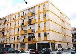 Piso en venta en Distrito Macarena, Sevilla, Sevilla, Calle Gaspar de Alvear, 68.250 €, 3 habitaciones, 1 baño, 73 m2