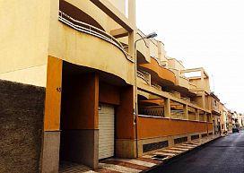 Piso en venta en Aguadulce, Roquetas de Mar, Almería, Calle San José Obrero, 92.000 €, 3 habitaciones, 137 m2