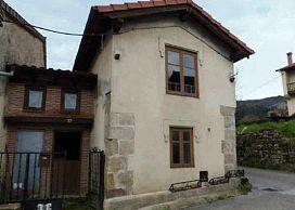 Casa en venta en Los Corrales de Buelna, Cantabria, Barrio El Llano, 29.500 €, 4 habitaciones, 167 m2