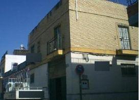 Piso en venta en Sevilla, Sevilla, Calle Castilblanco de los Arroyos, 114.000 €, 3 habitaciones, 1 baño, 150 m2