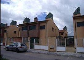 Casa en venta en El Bosque del Henares, Pioz, Guadalajara, Avenida Sierra de Gredos, 58.000 €, 2 habitaciones, 90 m2
