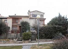 Casa en venta en Torrecaballeros, Torrecaballeros, Segovia, Carretera Soria, 176.500 €, 4 habitaciones, 204,5 m2