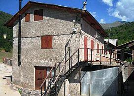 Piso en venta en Ardanue, Laspaúles, Huesca, Calle Unica, 52.500 €, 2 habitaciones, 88 m2