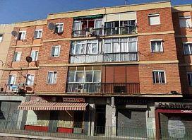 Piso en venta en Pajarillos, Valladolid, Valladolid, Calle Villabañez, 44.200 €, 2 habitaciones, 1 baño, 70 m2