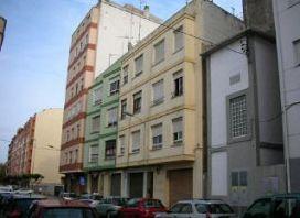 Piso en venta en Castellón de la Plana/castelló de la Plana, Castellón, Calle Bernat Artola, 58.000 €, 3 habitaciones, 1 baño, 88 m2