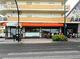 Local en venta en Este, Málaga, Málaga, Avenida Juan Sebastian Elcano, 413.500 €, 170 m2