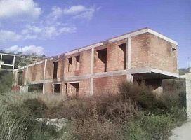 Casa en venta en Cumbres Verdes, la Zubia, Granada, Calle Gredos. Manzana, 71.000 €, 1 baño, 226 m2