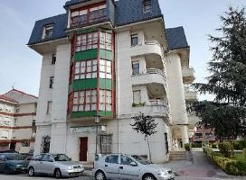 Local en venta en Esquibien, Colindres, Cantabria, Calle Menendez Pelayo, Sitio la Viejas, 70.000 €, 136 m2