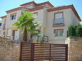 Casa en venta en Nucia Park, L` Alfàs del Pi, Alicante, Calle Riu Guadiana Urb. Belmonte, 312.000 €, 4 habitaciones, 233 m2