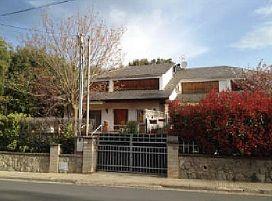 Casa en venta en Les Pungoles, Sant Antoni de Vilamajor, Barcelona, Avenida Aneto, 241.500 €, 4 habitaciones, 3 baños, 155 m2