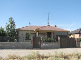 Casa en venta en Nava del Rey, Nava del Rey, Valladolid, Calle Miguel Hernandez, 93.000 €, 3 habitaciones, 161 m2