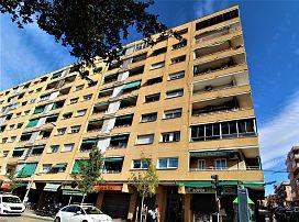 Piso en venta en Hostal, Granollers, Barcelona, Calle Rafael Casanova, 120.000 €, 3 habitaciones, 1 baño, 101 m2