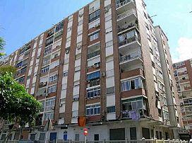 Piso en venta en Carretera de Cádiz, Málaga, Málaga, Calle Hoyo Higueron, 111.000 €, 4 habitaciones, 1 baño, 89 m2