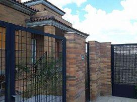 Casa en venta en Manzanares El Real, Manzanares El Real, Madrid, Calle Ortigal (parcela 5 Casa 13), 310.000 €, 4 habitaciones, 3 baños, 211 m2