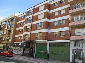 Piso en venta en Briviesca, Burgos, Avenida Mencia de Velasco, 21.000 €, 4 habitaciones, 117 m2