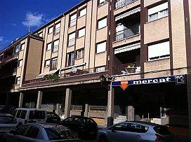 Piso en venta en Cal Rota, Berga, Barcelona, Calle Mossen Huch, 55.000 €, 3 habitaciones, 105 m2