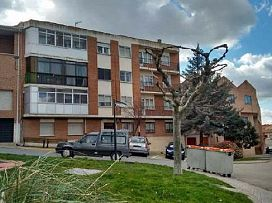 Piso en venta en Olmedo, Valladolid, Calle Calvo Sotelo, 39.000 €, 3 habitaciones, 1 baño, 86 m2