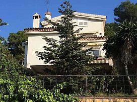 Casa en venta en La Móra, Tarragona, Tarragona, Calle Montsia, 387.000 €, 5 habitaciones, 3 baños, 358 m2