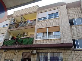 Piso en venta en Las Esperanzas, Pilar de la Horadada, Alicante, Calle Marqués de Peñacerrada, 61.900 €, 3 habitaciones, 1 baño, 126 m2
