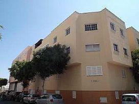 Piso en venta en Piso en Santa Lucía de Tirajana, Las Palmas, 103.000 €, 3 habitaciones, 1 baño, 102 m2