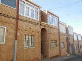 Casa en venta en Ceinos de Campos, Ceinos de Campos, Valladolid, Calle Templo, 66.700 €, 4 habitaciones, 2 baños, 143 m2