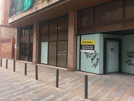 Local en venta en La Salut, Badalona, Barcelona, Calle Victor Balaguer, 69.000 €, 76 m2