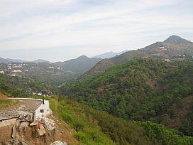 Suelo en venta en El Paraíso Alto, Benahavís, Málaga, Urbanización Monte Mayor Alto - la Romera - Parcela G20, 203.500 €, 5496 m2