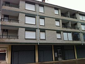 Piso en venta en Quinta Santa Ana, Villarcayo de Merindad de Castilla la Vieja, Burgos, Urbanización los Pontones, 51.600 €, 2 habitaciones, 1 baño, 68 m2