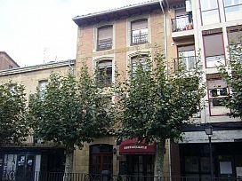 Piso en venta en Santo Domingo de la Calzada, Santo Domingo de la Calzada, La Rioja, Calle San Roque, 58.050 €, 3 habitaciones, 1 baño, 111,25 m2
