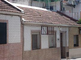 Casa en venta en Distrito Sur, Córdoba, Córdoba, Calle Poeta Marcial, 41.600 €, 3 habitaciones, 1 baño, 90,27 m2