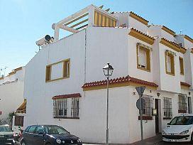 Casa en venta en La Capellanía, Alhaurín de la Torre, Málaga, Calle Océano Pacífico, 227.000 €, 3 habitaciones, 162 m2