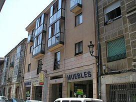 Piso en venta en Briviesca, Burgos, Calle Mayor, 30.500 €, 3 habitaciones, 1 baño, 97 m2