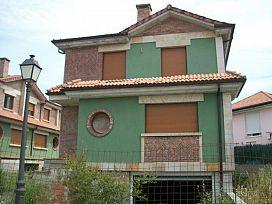 Casa en venta en Casa en Polanco, Cantabria, 573.200 €, 4 habitaciones, 199 m2
