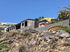 Casa en venta en Suroeste, Santa Cruz de Tenerife, Santa Cruz de Tenerife, Calle Mayantigo, 406.000 €, 4 habitaciones, 685,6 m2
