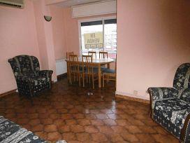 Piso en venta en Piso en Tarragona, Tarragona, 70.000 €, 3 habitaciones, 1 baño, 86 m2