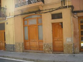 Piso en venta en La Vinya Vella, Esparreguera, Barcelona, Calle Montserrat, 99.900 €, 3 habitaciones, 1 baño, 95 m2