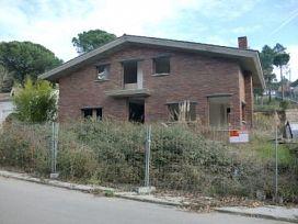 Casa en venta en Sils, Girona, Calle Acacia, 172.000 €, 3 habitaciones, 259 m2