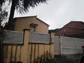 Casa en venta en Sant Antoni de Vilamajor, Barcelona, Pasaje Camelia, 279.000 €, 4 habitaciones, 220 m2