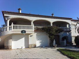 Casa en venta en Mont-roig del Camp, Tarragona, Calle Cuba, 396.000 €, 4 habitaciones, 421 m2