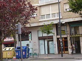 Local en venta en Burgos, Burgos, Avenida del Cid Campeador, 299.000 €, 333 m2