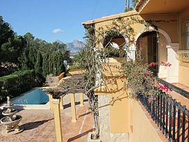 Casa en venta en Altea, Alicante, Avenida Denia, 322.000 €, 5 habitaciones, 330 m2